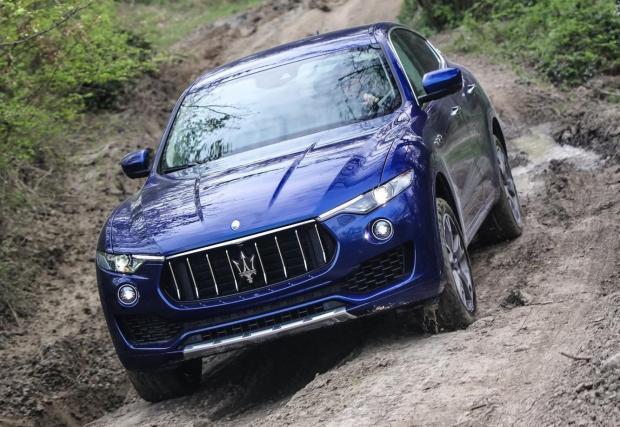 Maserati Levante Diesel. Този италиански представител е доста рядък. Джипката на Maserati има 3,0-литров мотор с 275 к.с. и 600 Нм. Малко слаби показатели, но пък ускорението е добро – 6,9 секунди от място до 100 км/ч.