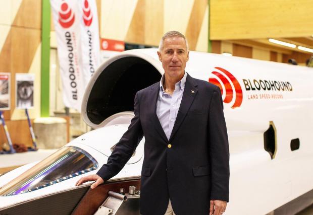 Анди Грийн, който и в момента държи рекорда - през 1997 разви 1227 км/ч със своя Thrust SSC