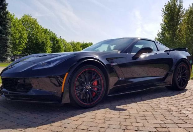 10 снимки с последния Corvette C7