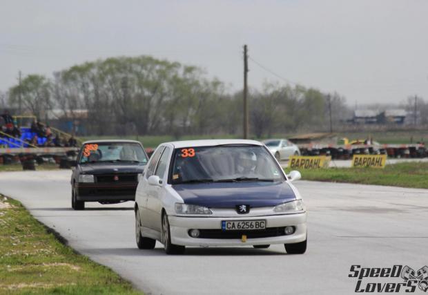 Въпросното Peugeot с около 400 к.с. Снимките са от профила на Велислав Константинов във Facebook