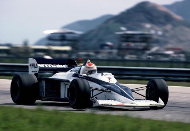 1981-1987: M12/13 в Brabham BMW. 1,5-литров турбо мотор в Brabham BT52, с който Нелсън Пике печели първата титла за турбо мотор в F1. Наследникът на този мотор е M12/13/1, кой то в квалификационни режими достига до 1400 к.с. - рекорд и до днес.