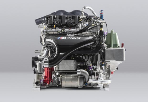 2019: P48 в BMW M4 DTM . 50 години по-късно BMW пак прави 4-цил. турбо мотор за шампионата за туристически автомобили. С над 600 к.с. и 2,5 бара основната работа не е по мощността, а по ефективността. P48 тежи едва 85 кг и е хипер икономичен мотор.