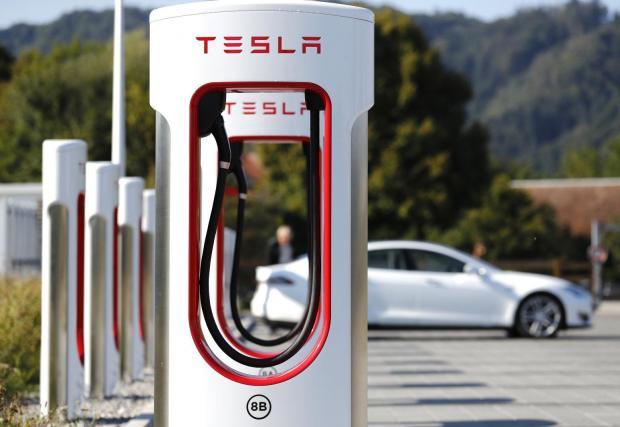 Първата суперзарядна станция на Tesla у нас ще бъде край Пловдив