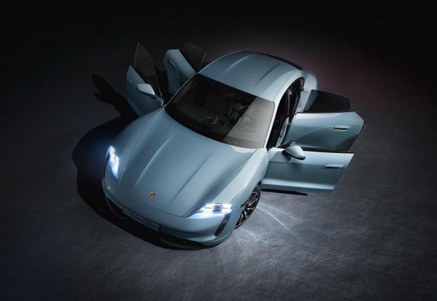 Галерия с 11 снимки на най-достъпното електрическо Porsche засега