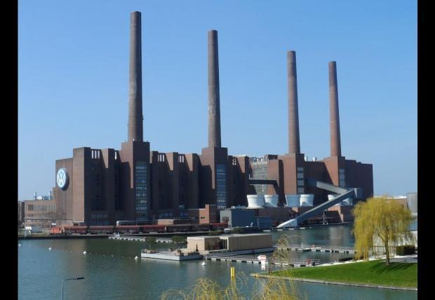 26 000 000 от тези коли са слезли от поточните линии на завода във Волфсбург.