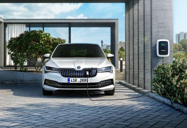 В случай че инвестицията се случи в Турция, то вероятно от конвейера ще слизат Skoda Superb и VW Passat, включително в плъгин варианти