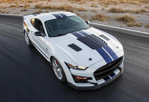11 снимки с GT500 от Shelby American