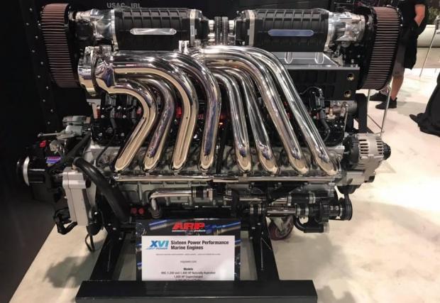 8 снимки с V16 мотора