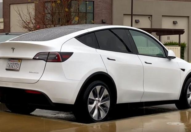 5. Tesla Model Y. Ако все още не смятате Tesla за масов производител, четвъртият ѝ модел ще ви убеди, че тя е точно това. Model Y ще използва голяма част от техниката на Model 3 и ще залее Европа в края на годината.