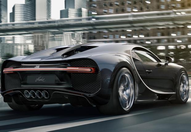 ... стъпва на единствената 16-цилиндрова платформа в съвременното автомобилостроене и е бюджетен вариант на...