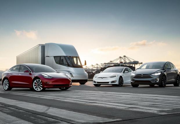 Гамата на Tesla скоро ще се разшири и с влекача Semi