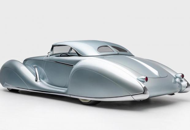 Aquarius: Вдъхновен от колите на 30-те, също напълно уникален и още по-впечатляващ. Двигателят е 6,2-литров V8