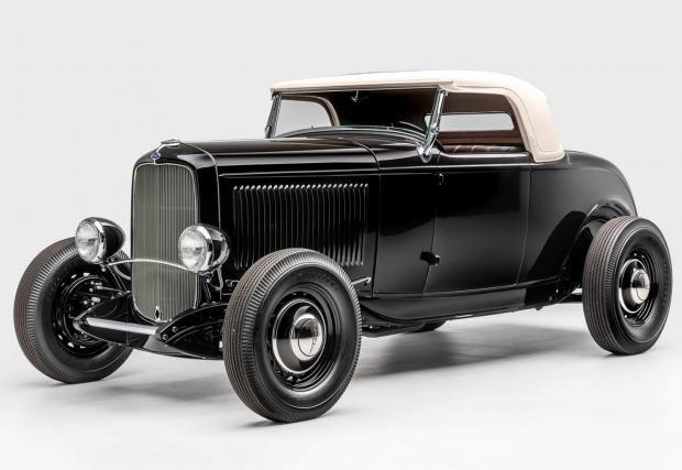 Blackjack: Отново сме в 30-те. Всяка част, използвана в този Ford е от онази епоха, като донорите са най-разнообразни, а крайният резултат е хот род наследник на Model A, на който може да завиди всеки колекционер