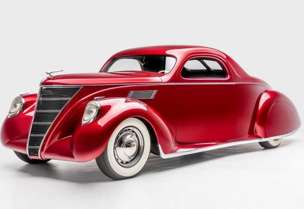 Voodoo Priest: За основа е използван Lincoln Zephyr от 1937, като неговият 4,4-литров V12 със 110 к.с. е запазен, ура!
