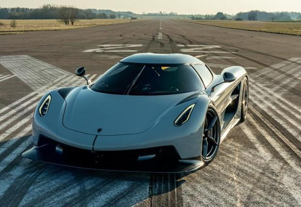Jesko Absolut е най-бързата кола, която Koenigsegg някога е правил и някога ще прави