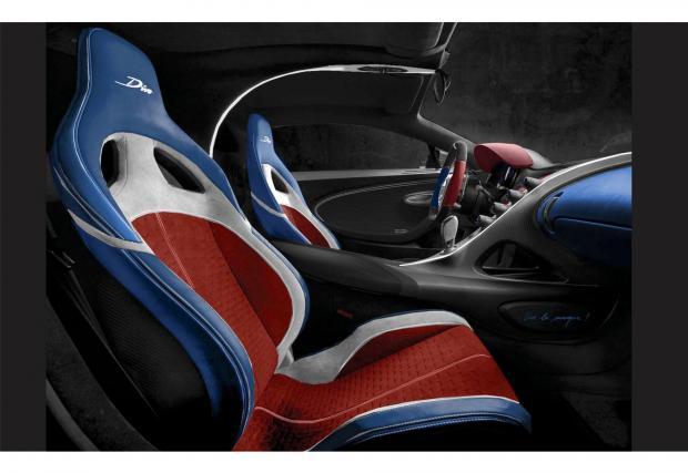 Трицветни седалки? Ефектни са, но не е толкова просто. Bugatti се нуждае от няколко месеца за сериозни промени по интериора