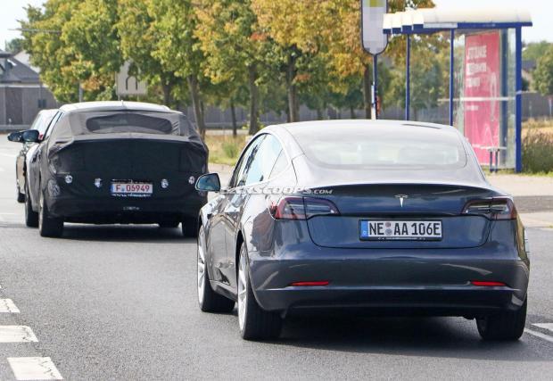 Kia също използва Model 3 за тестове