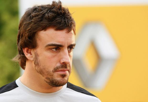 Фернандо Алонсо се връща във Формула 1 и Renault