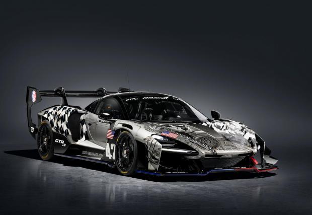 Най-специалната от петте коли е с цветовете на завършилия на 13-о място екип. Тук по каросерията са отразени любопитни факти за пистата и времената на McLaren F1