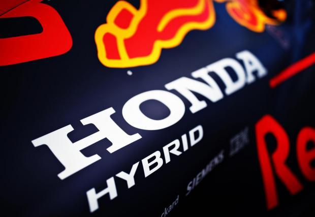 Honda се завърна в спорта през 2015 г.