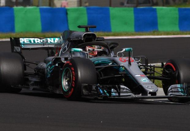 Ръсел вече тества болида на Mercedes от 2018 г