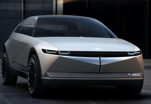 Осем снимки на концептуалния Hyundai 45