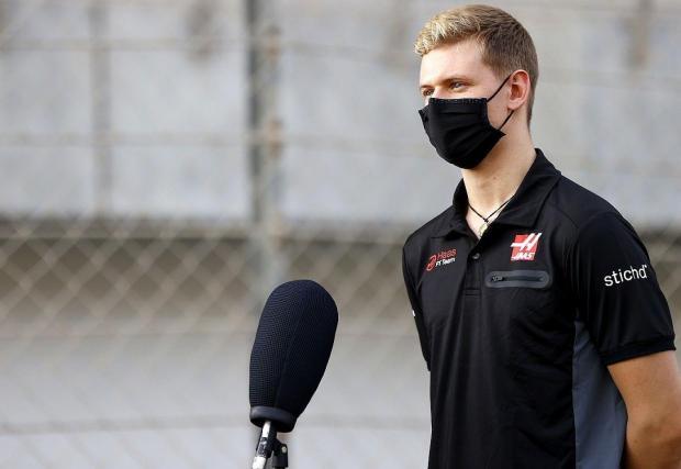 Фамилията Шумахер се завръща на решетката през сезон 2021. На Мик Шумахер обаче няма да му е лесно в тази сериозна конкуренция
