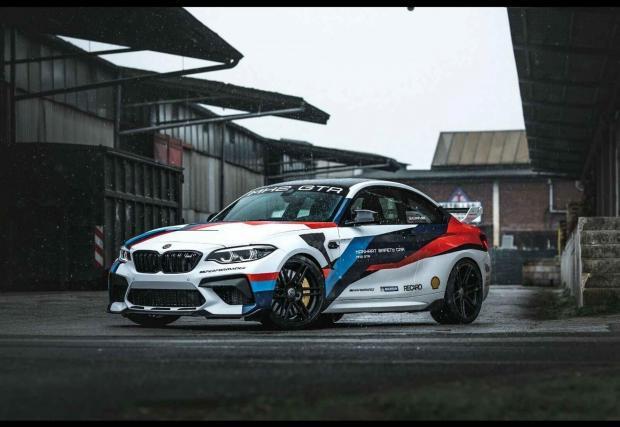 Галерия от 14 снимки на Manhart BMW MH2 GTR