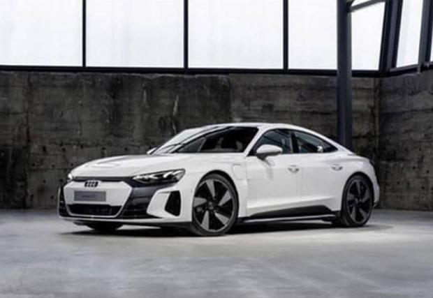 Изтекоха първите снимки на Audi e-tron GT