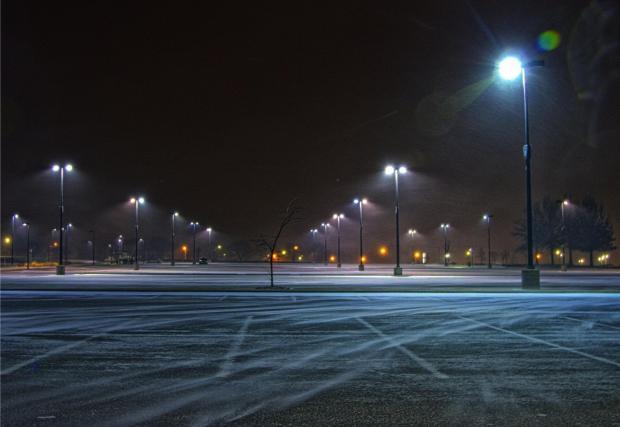 4. Паркирайте на осветени места – простичък съвет, който обикновено помага и срещу други кражби.