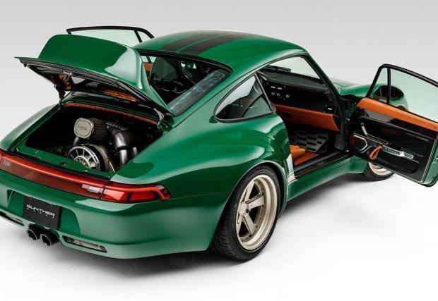 Галерия от 16 снимки на Porsche 993 Remastered by Gunther Werks
