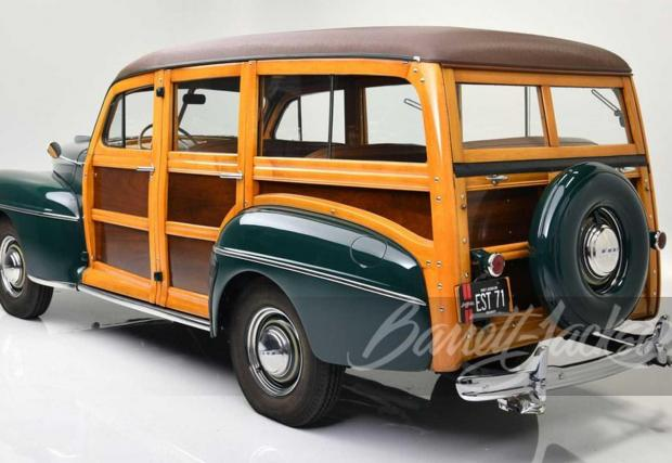 Ford Super Deluxe Custom Woody Wagon