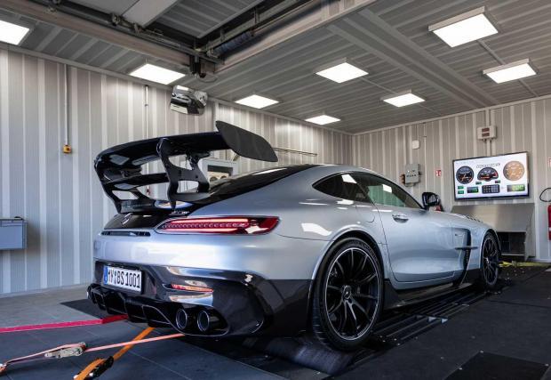 Галерия от 7 снимки на Mercedes-AMG GT Black Series от Opus