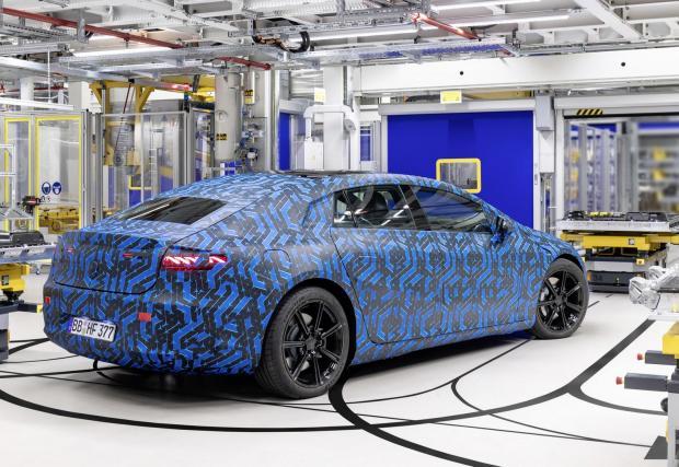 Галерия с 23 снимки от производството на най-високотехнологичния Mercedes