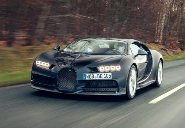 Галерия от 9 снимки на Bugatti Chiron Prototype 4-005