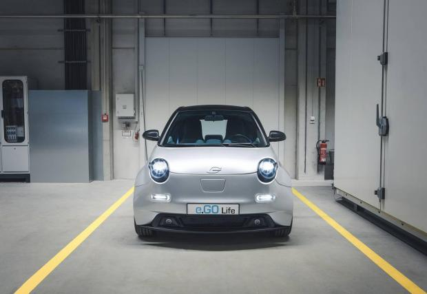 Очаква се интересът към малките електромобили да расте. На пазара в Германия купувачите могат да ползват отстъпка от почти 10 хил. евро, така че количката излиза около 15 хил. евро