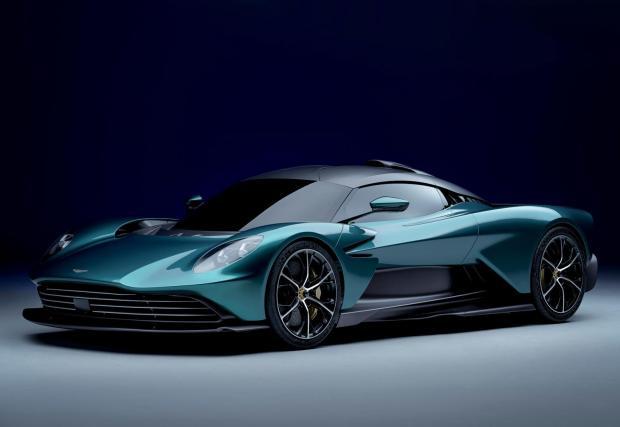 Разгледайте галерията и се запознайте с новия Aston Valhalla