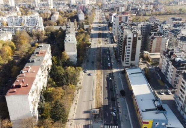 Разширението на булеварда завърши, през 2022 ще започне изграждането на изцяло новото трасе по посока на бул. Черни връх