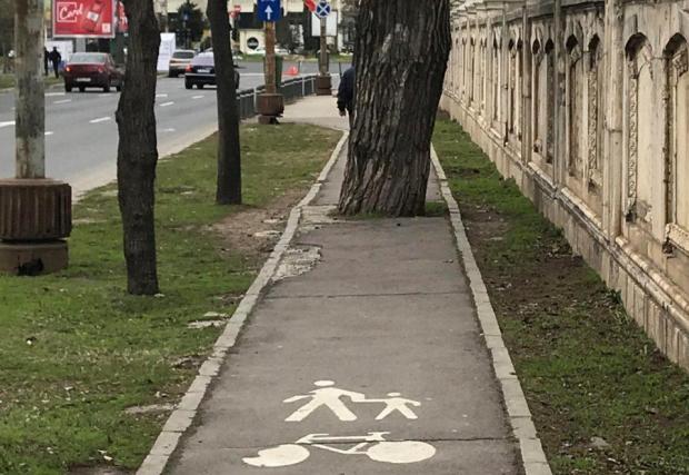 И в Румъния, както у нас, понякога велоалеите са безумни