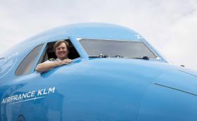 Кралят на Холандия карал тайно пътнически самолети от... 20 години.
