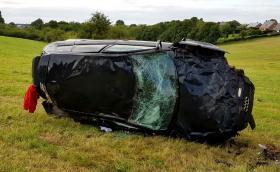 Audi RS 3 Sportback излетя с 200 км/ч от Т-образно кръстовище, човекът бил добре. Видео