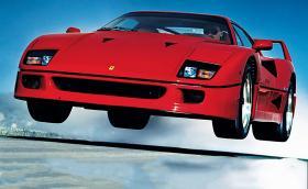 Гюнтер Рауп, фотографът, който снима календара на Ferrari. Вече 33 години подред. Галерия и инфо