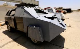 """Автопаркът на """"Ислямска държава"""" прилича на реквизит от """"Лудия Макс"""". Галерия"""