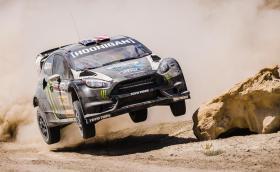 Това е новото видео на Кен Блок, казва се 'Terrakhana' и този път 600-конната Fiesta RX43 лети по пясък