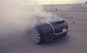 Bugatti Veyron съсипва гуми за над 60 000 лева, за минути. Видео