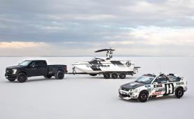 Supra е новата лодка на Кен Блок. Задвижва се от 6,2-литров мотор с 575 коня от Ford Raptor