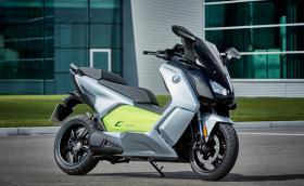 Новият C evolution, най-екологичното BMW. Като изключим велосипедите на немците. BMW ъпдейтна електрическия си скутер с батерия от i3