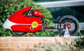 Hero Extreme 150 с турбина: най-бързият мотоциклет за доставки на пица