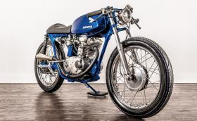 Тази яка Honda CB175 е с двигател от Ducati