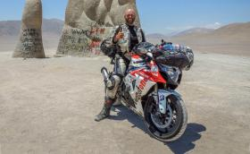 Този човек е обиколил света със Suzuki GSX-R1000R. За 442 дни, близо 120 000 км... Галерия и видео